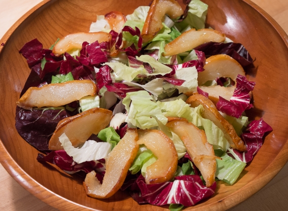 Pears roasted salad