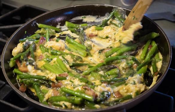 Asparagus Revuelto