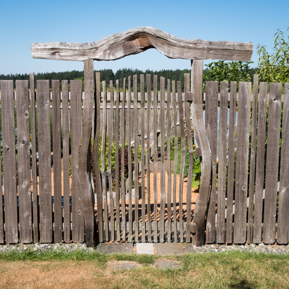 Metcalf gate