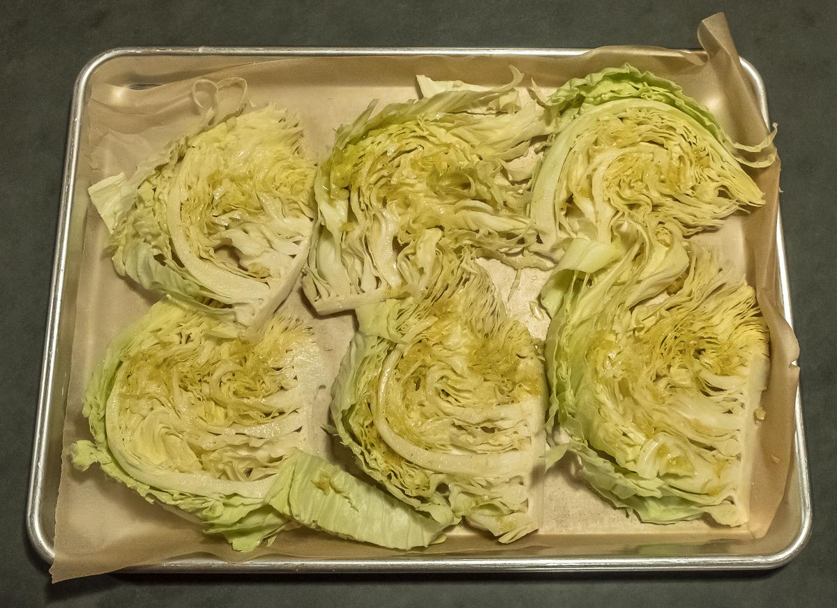 Cabbage raw sliced 12:18